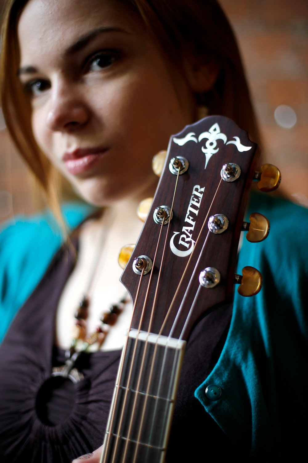 crafter_guitar_shoot_012