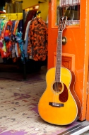 crafter_guitar_shoot_016